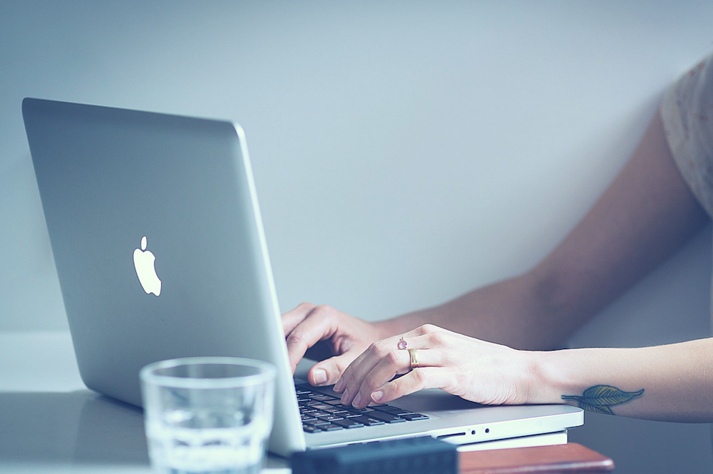 3 Smart Ways to Find Freelance Writing Clients
